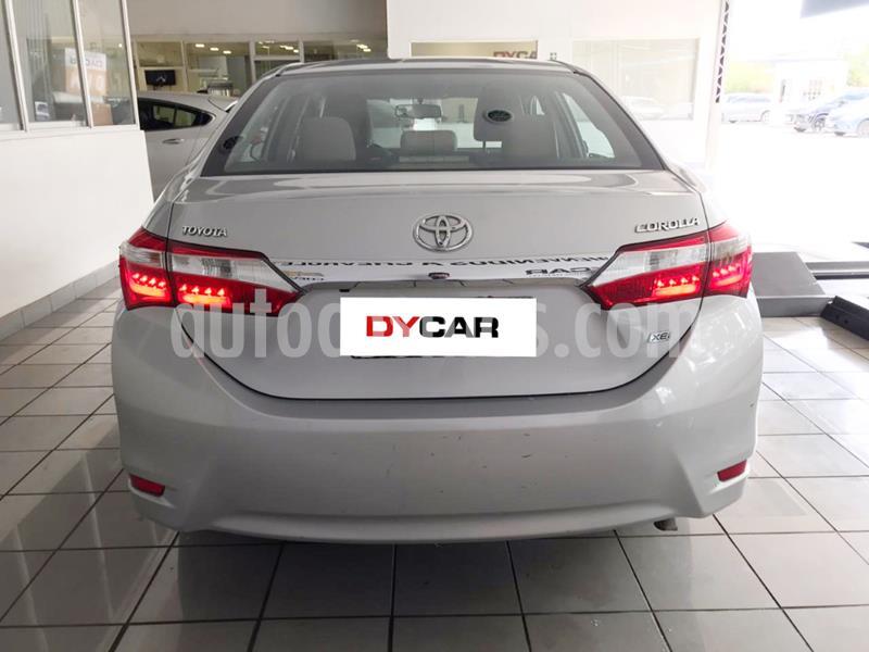 Toyota Corolla 1.8 XLi CVT usado (2016) color Gris Claro precio $1.725.000