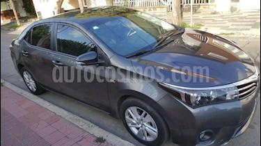 Toyota Corolla 1.8 XEi CVT usado (2015) color Gris Oscuro precio $850.000