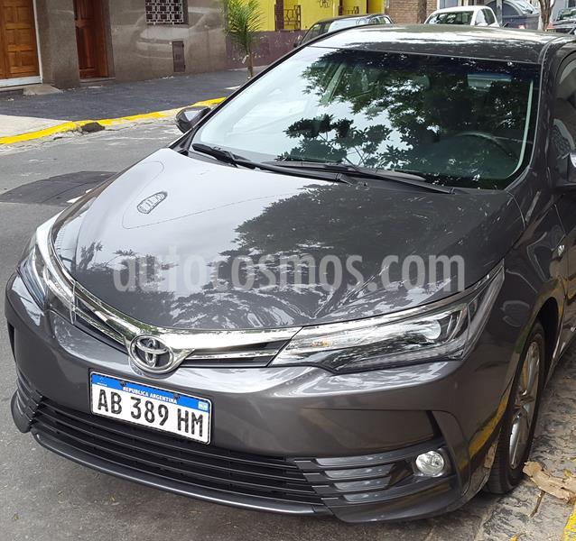 Toyota Corolla 1.8 XEi usado (2017) color Gris Oscuro precio $1.730.000