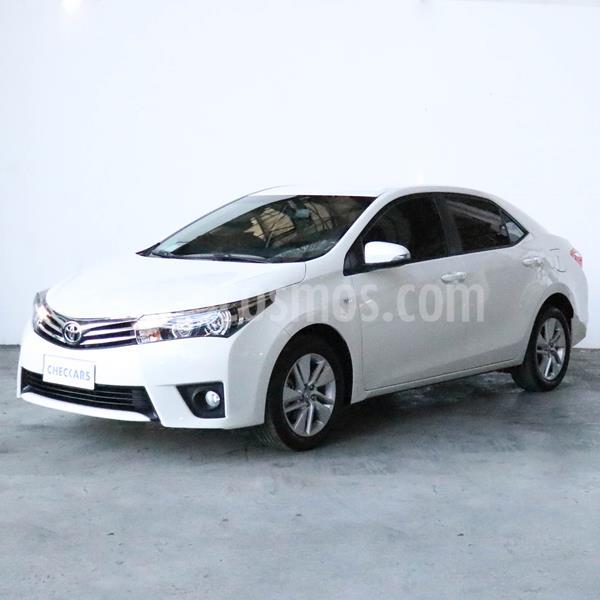 Toyota Corolla 1.8 XEi Pack usado (2017) color Blanco precio $1.267.000