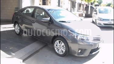 Toyota Corolla 1.8 XEi usado (2015) color Gris Oscuro precio $699.900