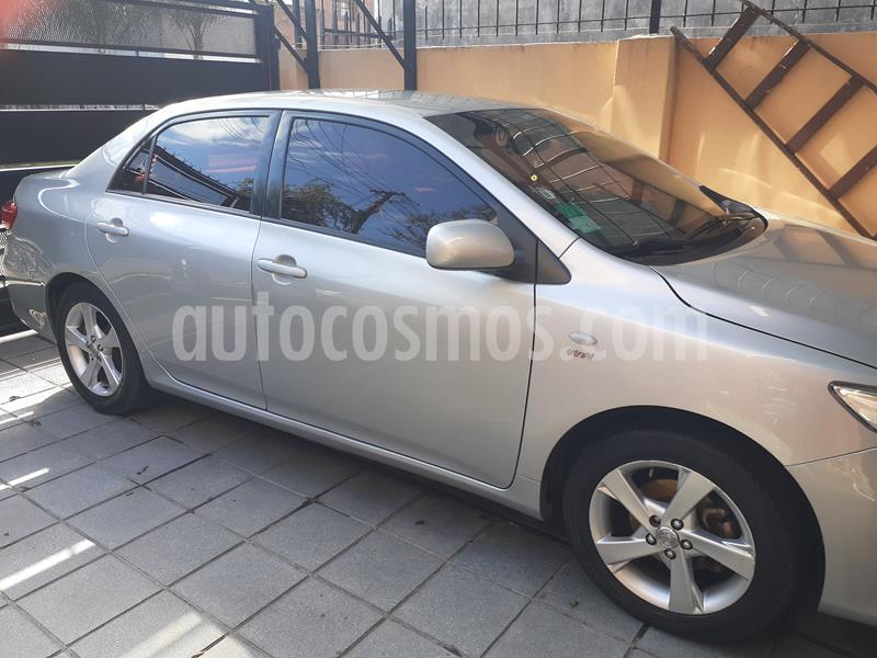 Toyota Corolla 1.8 XLi usado (2012) color Gris Plata  precio $590.000