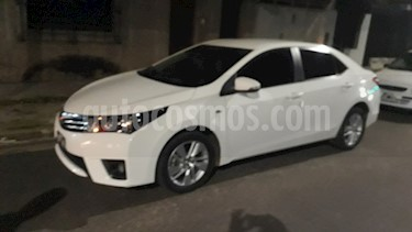 Toyota Corolla 1.8 XEi usado (2015) color Blanco precio $930.000