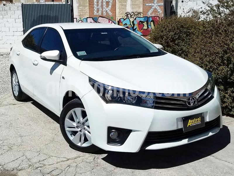 Foto Toyota Corolla 1.8 XEi CVT usado (2015) color Blanco precio $900.000