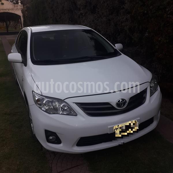 Toyota Corolla 1.8 XEi Pack Aut usado (2013) color Blanco precio $880.000