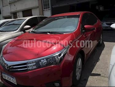 Toyota Corolla 1.8 XEi Aut  usado (2017) color Rojo precio $730.000