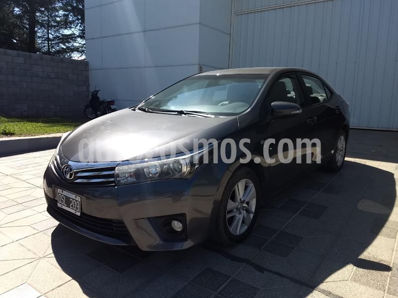 Toyota Corolla 1.8 XEi Pack usado (2015) color Negro precio $1.500.000