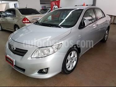 Toyota Corolla 1.8 XEi usado (2010) color Gris Claro precio $360.000
