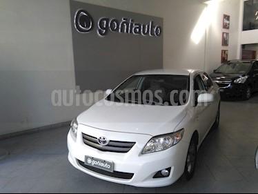 Toyota Corolla - usado (2010) color Blanco precio $520.000