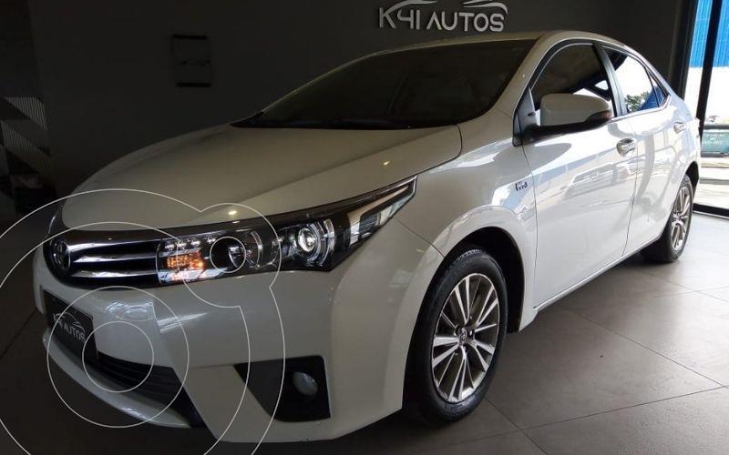 Foto Toyota Corolla 1.8 SE-G Aut  usado (2016) color Blanco precio u$s12.245