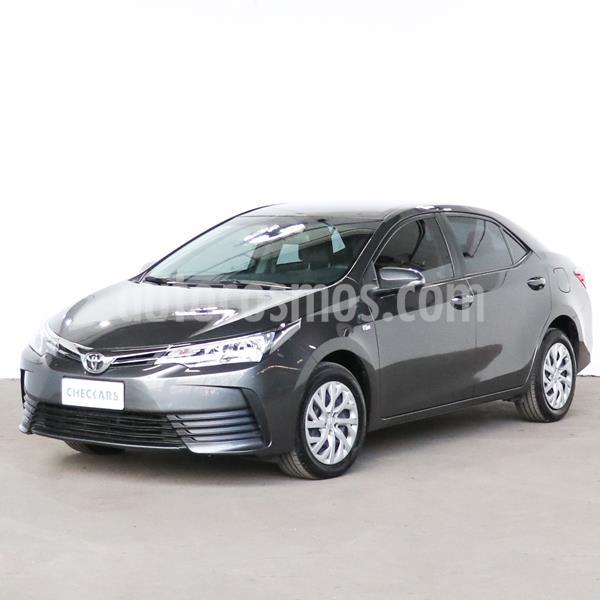 Toyota Corolla 1.8 XLi usado (2019) color Gris Oscuro precio $1.631.600