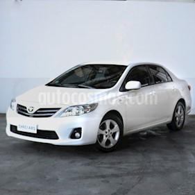 Toyota Corolla 1.8 XEi usado (2014) color Blanco precio $670.000