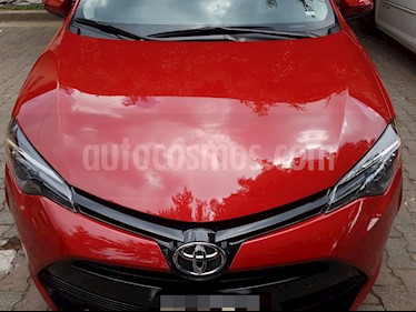 Toyota Corolla Base Aut usado (2018) color Rojo precio $240,000