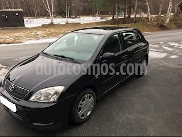 Toyota Corolla GLi usado (2003) color Negro precio u$s2.000