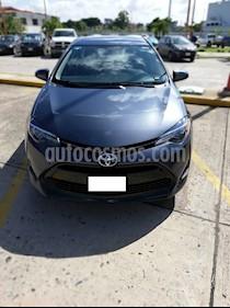 Foto venta Auto Seminuevo Toyota Corolla LE 1.8L Aut (2017) color Gris Metalico precio $230,000