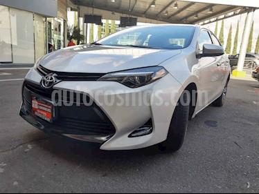 Foto Toyota Corolla LE 1.8L Aut usado (2017) color Plata precio $240,000