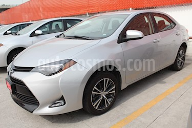 Foto venta Auto Seminuevo Toyota Corolla LE Aut (2018) color Plata precio $295,000