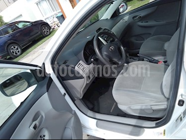 Toyota Corolla LE 1.8L Aut usado (2012) color Blanco precio $130,000