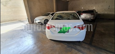 Toyota Corolla Base usado (2015) color Blanco precio $172,000