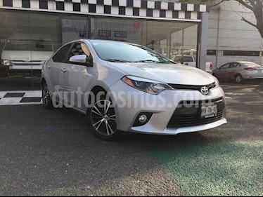Toyota Corolla LE 1.8L usado (2016) color Plata precio $215,000