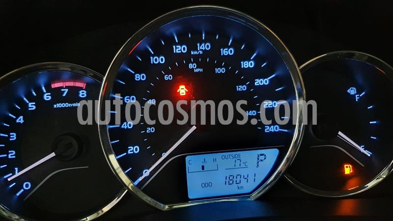 Toyota Corolla Base Aut usado (2018) color Gris precio $215,000