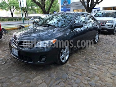 Toyota Corolla XLE  4 AT usado (2013) color Gris Oscuro precio $165,000