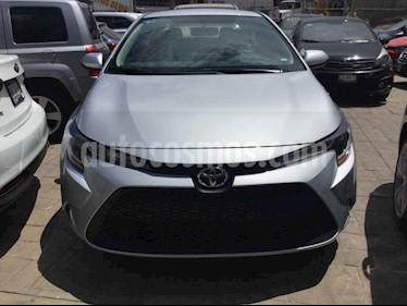 Toyota Corolla 4p Base L4/1.8 Aut usado (2020) color Plata precio $300,000