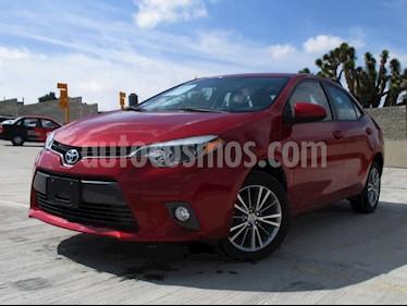 Toyota Corolla LE 1.8L Aut usado (2015) color Rojo Mica precio $198,000