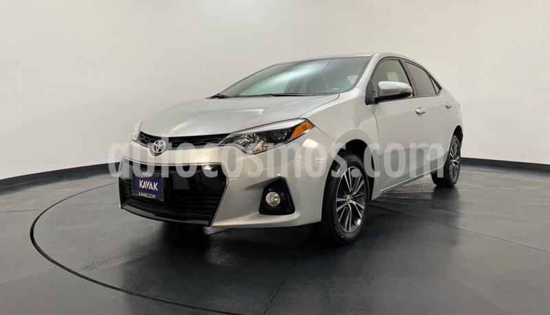 Toyota Corolla Base Aut usado (2016) color Plata precio $237,999