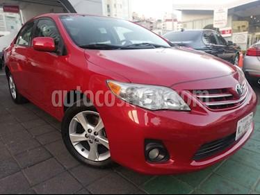 Toyota Corolla XLE 1.8L Aut usado (2013) color Rojo precio $150,000