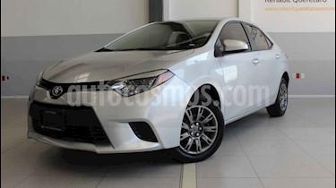 Foto Toyota Corolla Base Aut usado (2015) color Plata precio $150,000