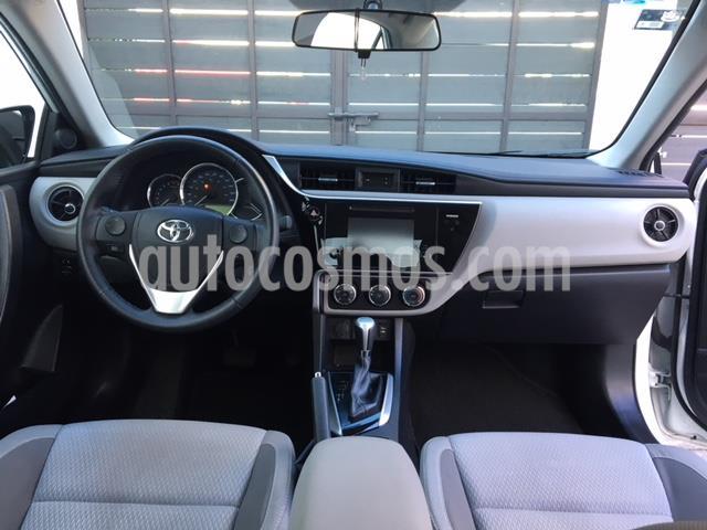 Toyota Corolla LE 1.8L Aut usado (2018) color Blanco precio $249,000