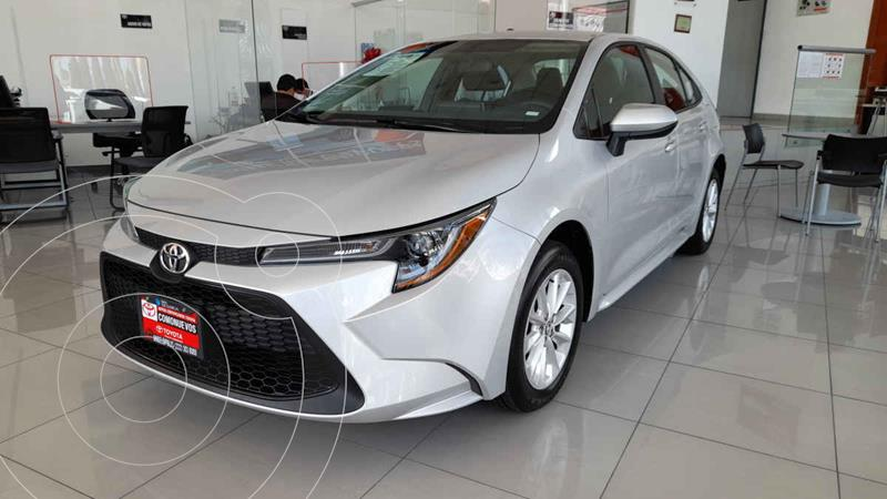 Foto Toyota Corolla LE Aut usado (2021) color Plata precio $372,000