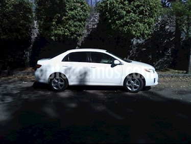 Toyota Corolla XLE 1.8L Aut usado (2013) color Blanco precio $142,000