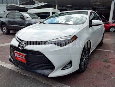 Toyota Corolla 4p LE L4/1.8 Aut usado (2017) color Blanco precio $248,000
