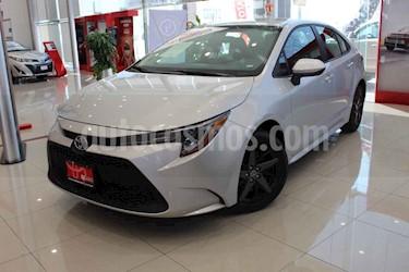 Toyota Corolla 4p Base L4/1.8 Aut usado (2020) color Plata precio $305,000