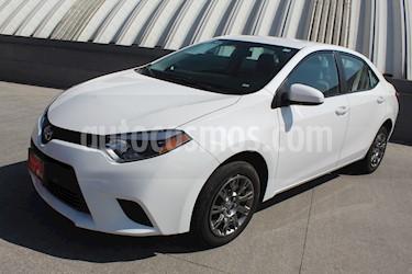 Toyota Corolla Base Aut usado (2015) color Blanco precio $1,985,000