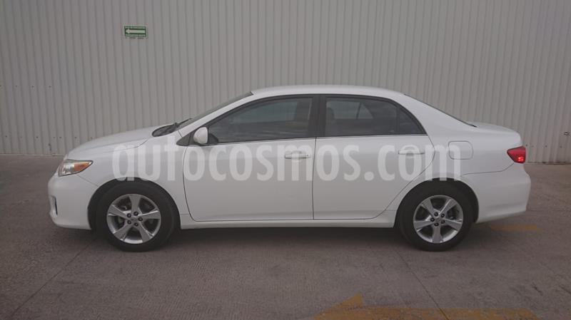 Toyota Corolla XLE 1.8L Aut usado (2013) color Blanco precio $149,000
