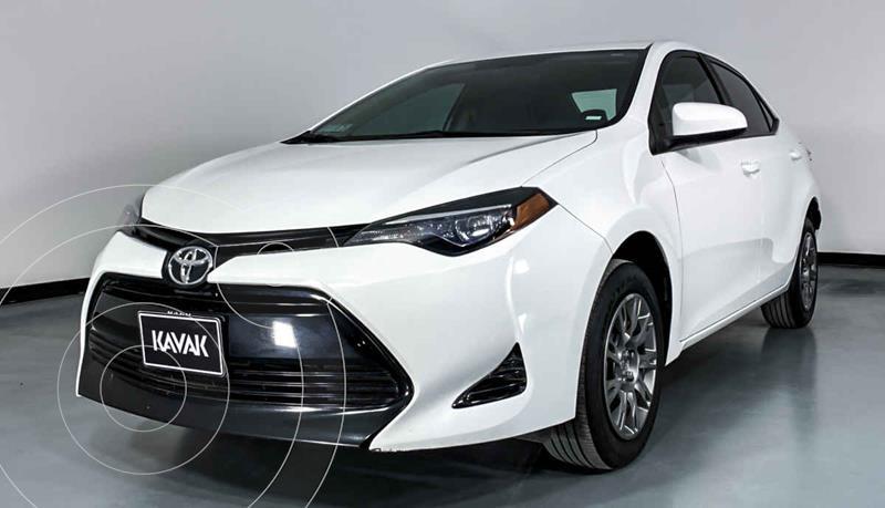 Toyota Corolla Base Aut usado (2019) color Blanco precio $274,999