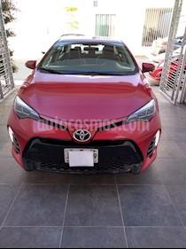 Toyota Corolla SE usado (2017) color Rojo precio $281,900