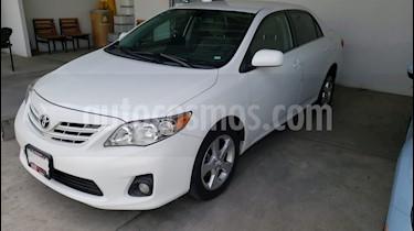 Toyota Corolla XLE 1.8L Aut usado (2013) color Blanco precio $195,000