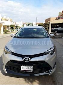 Foto venta Auto Seminuevo Toyota Corolla XLE 1.8L Aut (2017) color Plata precio $255,000