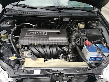 Toyota Corolla XLi 1.6 usado (2005) color Negro precio u$s9.999