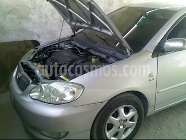 Foto venta carro usado Toyota Corolla Xli Auto. 1.6 (2006) color Plata precio u$s4.500