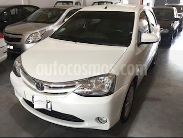 Foto venta Auto usado Toyota Etios Hatchback - (2014) color Blanco precio $340.000