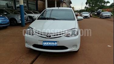 Foto venta Auto Usado Toyota Etios Hatchback - (2016) color Blanco precio $330.000