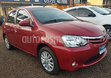 Foto venta Auto usado Toyota Etios Hatchback - (2014) color Bordo precio $370.000