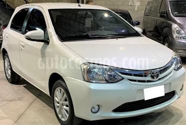 Toyota Etios Hatchback XLS 2015/2016 usado (2015) color Blanco precio $560.000