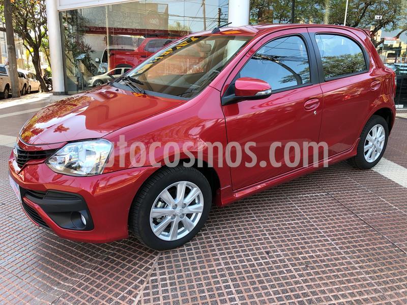 Toyota Etios Hatchback XLS usado (2018) color Rojo precio $1.039.990