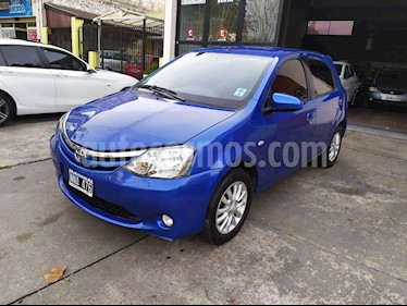Toyota Etios Hatchback XLS 2015/2016 usado (2014) color Azul Catalina precio $740.000